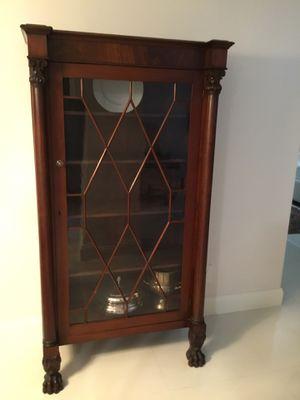 True antique mahogany China cabinet for Sale in Pompano Beach, FL