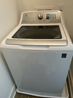 Washer and dryer for Sale in Chesterfield,  MO