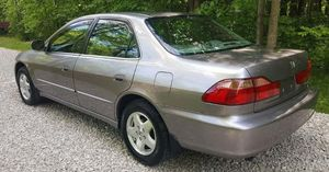 Great condition!2000 Honda Accord Lx for Sale in Cedar Rapids, IA