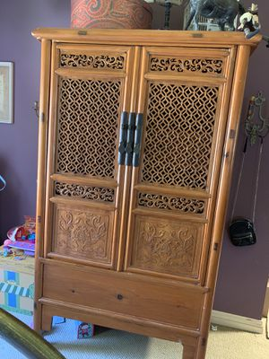 Antique Chinese armoire. Beautiful for Sale in Newport Beach, CA