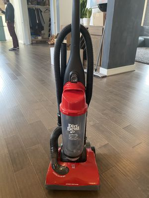 Dirt Devil bagless vacuum for Sale in Bethesda, MD