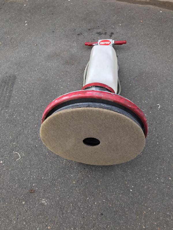 "Floor Buffer, Scrubber & Sander 20"" Pullman Holt White, With Solution Tank and Pad Driver"
