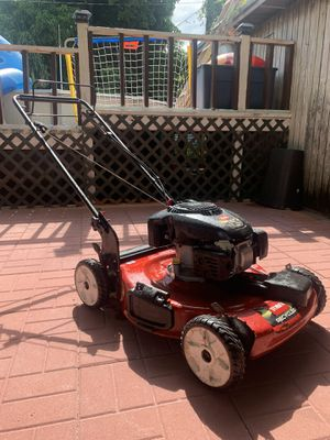 Toro recycler 149cc lawn mower for Sale in Hialeah Gardens, FL