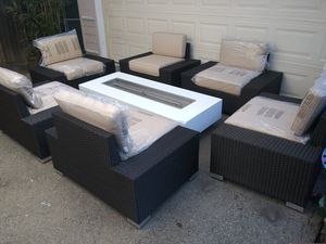 Patio furniture set for Sale in Chatsworth, CA