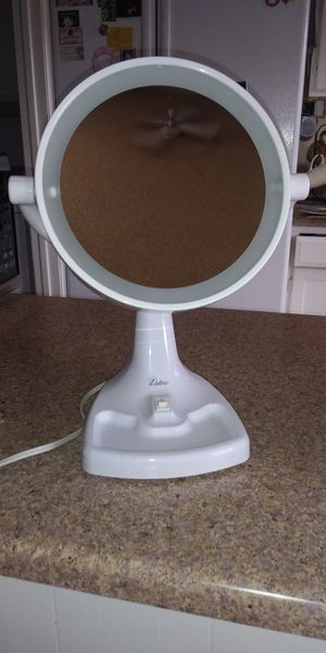 Zadro vanity mirror for Sale in Phoenix, AZ
