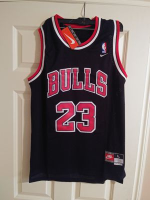 New Chicago bulls jersey for Sale in Lake Forest Park, WA