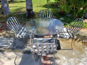 4 metal chair patio set with tempered glass table for Sale in Newport Beach, CA
