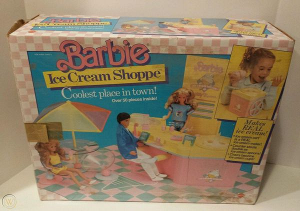 Vintage 1987 Barbie Ice Cream parlor Mint collector item in Box