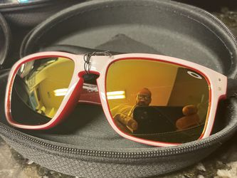 Oakley Holobrok - New . Never Worn. for Sale in San Angelo,  TX