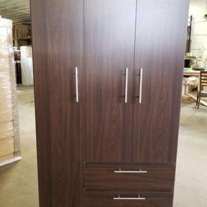 """Brand new Wardrobe closet 43 inches 22"""" Depth 72 inches high for Sale in Pompano Beach, FL"""