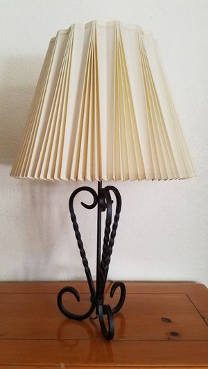 """26"""" lamp with 1960's pleated linen stffel shade for Sale in Henderson, NV"""