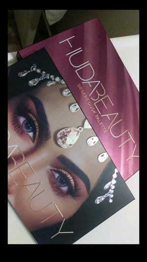 Huda Beauty Make up for Sale in Fresno, CA