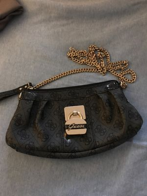 Guess Crossbody Purse for Sale in Detroit, MI