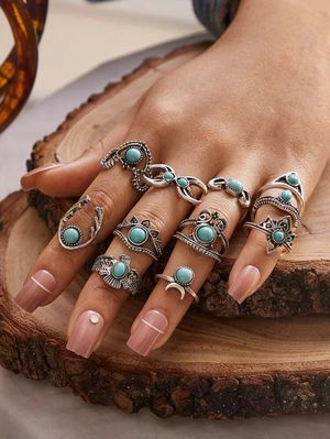 11pc Turquoise Vintage Rings for Sale in North Chicago, IL