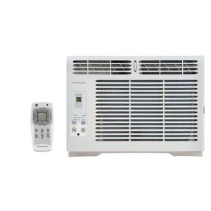 Frigidaire 5000 BTU AC air conditioner, 2 yr old for Sale in Chicago, IL