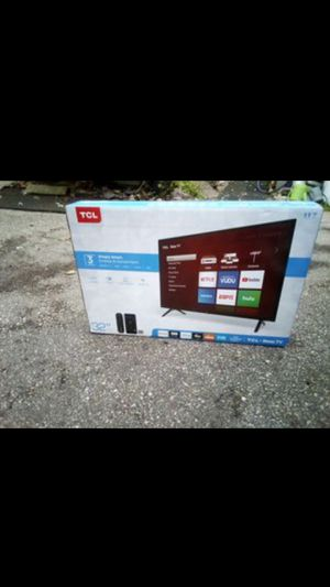 32in smart tv for Sale in Madison, WI