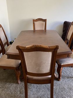 Dining Set (seats 6) for Sale in Fullerton,  CA