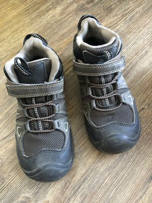 Keen boys girls size 13 trail hiking snow boots/ shoes. Like new for Sale in Belmont, MA