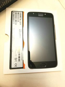 MOTO E4 PLUS - LIKE NEW! $75 FIRM for Sale in San Angelo,  TX