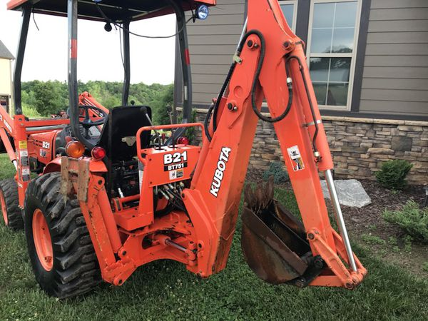 Kubota b21 4wd tractor with backhoe and loader for Sale in Inman, SC -  OfferUp