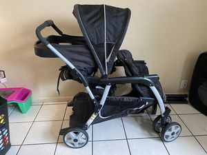 Baby double stroller for Sale in Orlando, FL