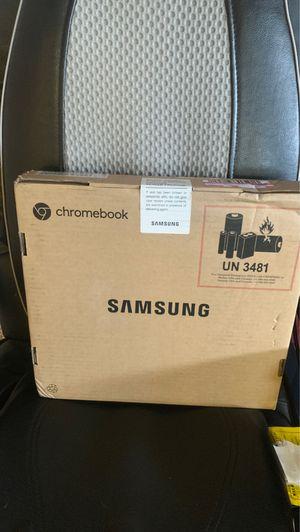 """SAMSUNG 11.6"""" chromebook 3 for Sale in Huntington Beach, CA"""