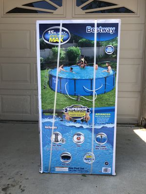 Bestway Steel Pro Max 15ft x 42in Pool with Filter Pump, Ladder & Cover for Sale in Litchfield Park, AZ