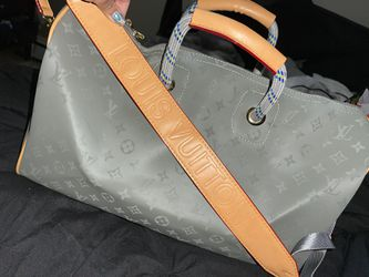 Louis Vuitton Duffle for Sale in Staten Island,  NY