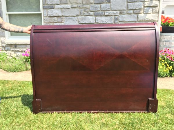 Queen size sleigh bed headboard - Bombay Company