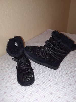 Size 11 little girls boots for Sale in Killeen, TX