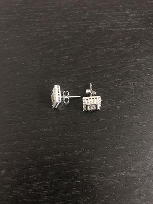 925 sterling silver earrings for Sale in Philadelphia, PA