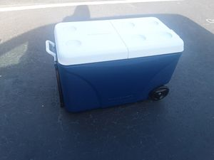 Rubbermaid Cooler for Sale in Orlando, FL