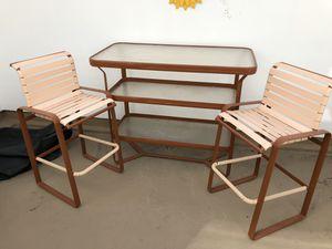 Patio furniture set excellent condition. for Sale in Costa Mesa, CA