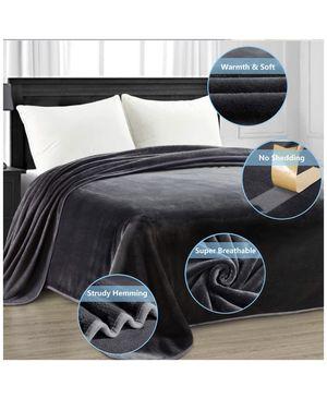 Super cozy 4 season fur blanket ✅PRICE FIRM BRAND NEW✨ for Sale in Henderson, NV