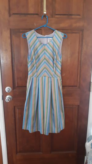 Bea and Dot by Mod Cloth dress size M for Sale in Benson, NC