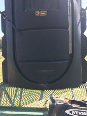 Sportsman Condo 4 x 6 x 8 ft with 10 ft tower for Sale in Springtown, TX