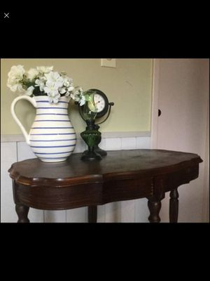 Antique table for Sale in Solon, OH
