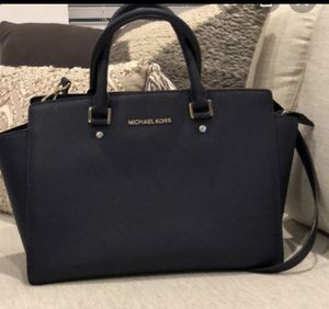 Micheal kors purse new for Sale in Menifee, CA