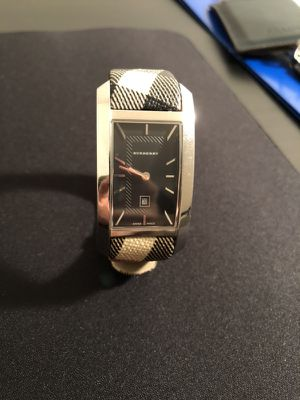 Burberry Heritage Ladies Watch for Sale in Centreville, VA