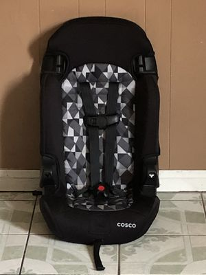 PRACTICALLY NEW COSCO CAR SEAT 2 in 1 for Sale in Riverside, CA