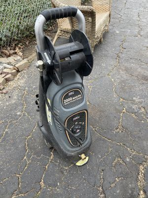 Pressure washer for Sale in Valley View, OH