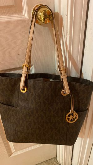 Michael kors for Sale in Lombard, IL