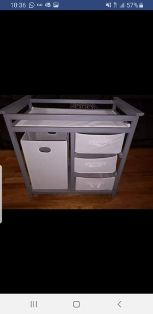 Gray badger changing table for Sale in Staten Island, NY