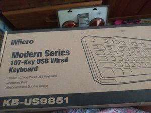USB wired 107 key board for Sale in Penngrove, CA