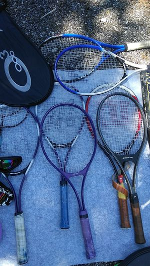 Tennis rackets dunlof, head, Mac gregor, collegiate etc for Sale in Chicago, IL
