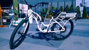 Electric, pedal assist, bike for Sale in Stanwood, WA