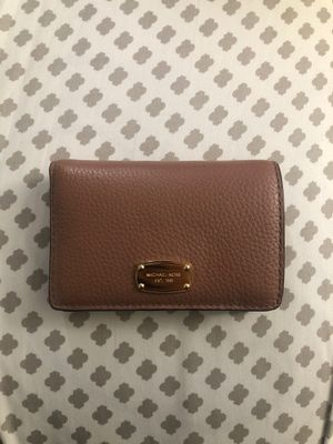 Michael Kors Bifold wallet for Sale in Fresno, CA