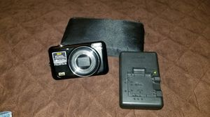 Fuji digital camera. Like new. for Sale in Largo, FL