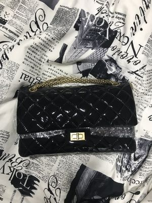 Authentic Chanel reissue 2.55 flap purse medium for Sale in Bellevue, WA