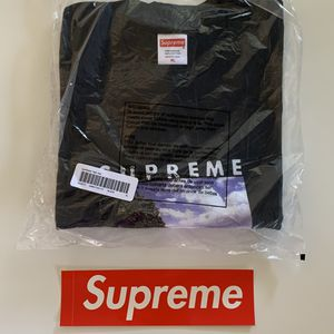 Supreme Time Tee (XL Black) + Free Box Logo sticker for Sale in Los Angeles, CA